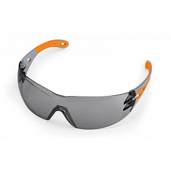 Ochranné okuliare DYNAMIC LIGHT PLUS, tónované